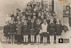 Uczniowie Szkoły Powszechnej w Bronowicach