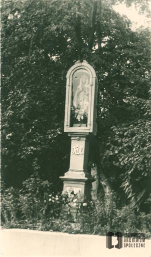Kapliczka słupowa z figurą Matki Bożej przy ul. Katowickiej