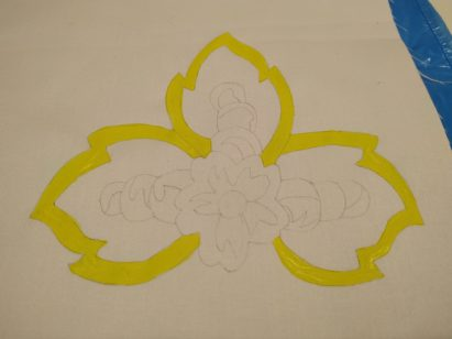 Tkanina malowana przy pomocy szablonu